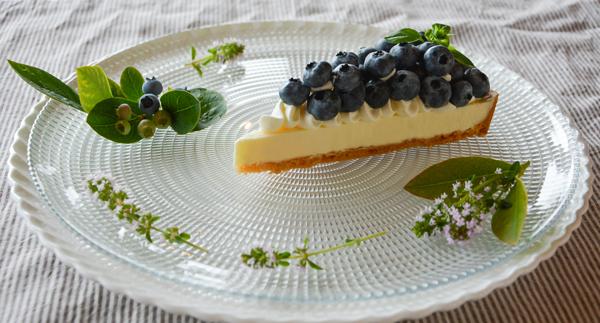 ブルーベリーの生チーズケーキタルト